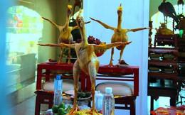 """Độc đáo những thế gà """"múa"""" trên mâm cỗ ngày rằm ở Hà Tĩnh"""