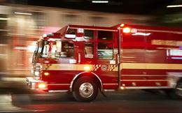 CLIP: Xe cứu hỏa bên Tây chạy lấn làn, đi ngược chiều nhưng vẫn tuyệt đối tuân thủ quy tắc an toàn