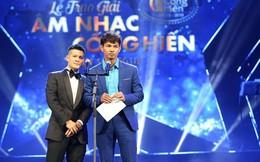 """Xuân Bắc, Việt Tú mượn sóng trực tiếp """"đá xoáy"""" màn cầu hôn của Trường Giang - Nhã Phương?"""