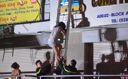 Khẩn trương cấp cứu, điều trị người bị nạn trong vụ cháy chung cư Carina