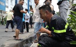 Tiếng rên khe khẽ của người lính cứu hỏa trong vụ cháy chung cư ở Sài Gòn