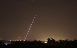 """Hệ thống Vòm Sắt """"cướp cò"""" ồ ạt phóng tên lửa đánh chặn khiến Israel... bẽ mặt!"""