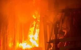 Trẻ em gục chết cạnh cửa thoát hiểm bị khóa trong vụ cháy ở Nga