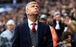 """HLV Wenger """"từ chối khéo"""" PSG"""