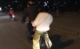 Cuối ngày, hình ảnh đôi vợ chồng già trên phố khiến bao người chú ý