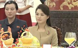 Mặc đồ rất giản dị, phu nhân ông Kim Jong Un vẫn làm cộng đồng mạng TQ sôi sục vì quá đẹp
