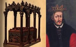 """""""Bí ẩn"""" sau khi khai quật mộ vua Ba Lan có liên quan đến cái chết của 15 nhà khảo cổ?"""