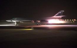 """Tiếp sức Tomahawk tấn công Syria, lần đầu tiên siêu tên lửa """"sát thủ"""" mới của Mỹ gầm thét"""
