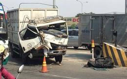 3 ô tô tông liên hoàn ở trạm thu phí BOT, nhân viên bán vé tháo chạy