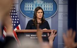 Đăng ảnh sai thời điểm, thư ký báo chí Nhà Trắng bị chỉ trích
