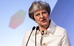 Bị chất vấn về vụ tấn công Syria, Thủ tướng Anh chối: Không nghe theo lệnh của ông Trump