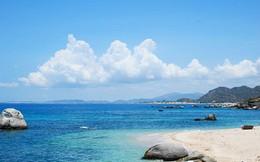 """Gợi ý các bãi biển đáng để """"xõa"""" dịp nghỉ lễ 30/4 - 1/5, có một nơi ngay trong Hà Nội"""