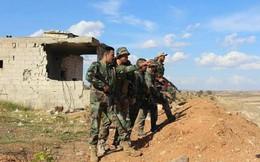 """Quân đội Syria dội pháo """"cuồng phong"""" Smerch nghiền nát thánh chiến phản kích tại Hama"""