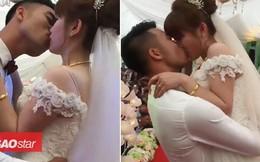 Clip cô dâu chú rể hôn nhau 'ngấu nghiến' suốt 3 phút trước mặt quan khách hai họ khiến dân mạng tranh cãi