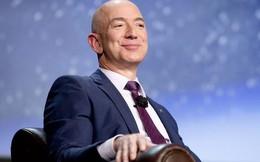Tài sản của Jeff Bezos tăng 12 tỷ USD sau 1 đêm nhờ 'những đám mây'