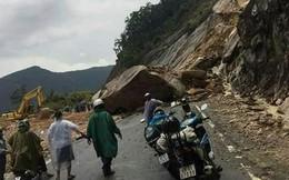 Hàng trăm mét khối đá làm sạt lở đường Nha Trang- Đà Lạt