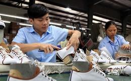 Việt Nam giành ngôi 'á hậu' về xuất khẩu giày dép