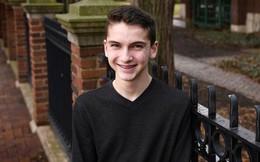 Khi cậu bé 14 tuổi liệt toàn thân vì rơi từ cây cao xuống, chẳng ai ngờ 45 ngày sau chuyện này lại xảy ra