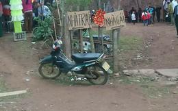 Tấm biển chỉ đường đặc biệt trước đám cưới khiến dân mạng mặc sức đồn đoán