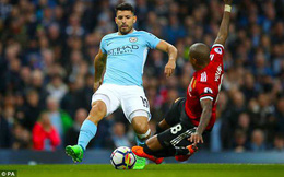 """Huyền thoại Man United thừa nhận trọng tài """"cướp trắng"""" penalty của Man City"""