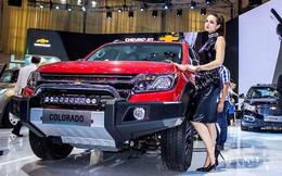 Ô tô Chevrolet nhập mới 'khai giá thấp bất thường'