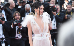 Thảm đỏ LHP Cannes 2018: Kendall Jenner đốt mắt công chúng