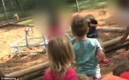 Phẫn nộ: Cô giáo bắt học sinh ném đá vào bạn học 4 tuổi để trừng phạt