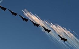 Mãn nhãn màn biểu diễn trên không của máy bay chiến đấu Nga