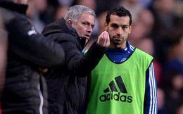 Salah tiết lộ về cuộc trò chuyện chớp nhoáng với Mourinho trong ngày tái ngộ