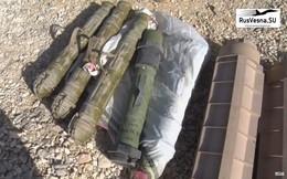 Quân cảnh Nga thu giữ vũ khí NATO của phe thánh chiến Syria đầu hàng tại Qalamoun