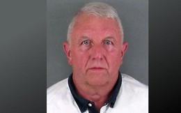 Cha lao xe vào nhà hàng đâm chết hai con ở Mỹ