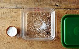 Mách bạn 9 mẹo nhỏ khử mùi hôi siêu nhanh cho hộp nhựa có thể bạn chưa biết