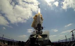 """Tàu chiến mang tên lửa Kalibr gần Syria sẵn sàng """"ứng cứu"""" Ấn Độ nếu cần: Nga ngầm đe ai?"""