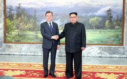 Nóng: Tổng thống Moon Jae-in đã gặp lãnh đạo Triều Tiên Kim Jong-un lần 2 tại Bàn Môn Điếm chiều nay