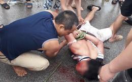 Dân vây bắt người đàn ông đi ô tô vì nghi ngờ bắt cóc trẻ em