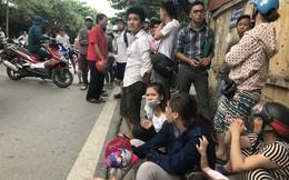 Vụ thai phụ sinh con ở hiện trường tai nạn: Cả ba mẹ con tử vong, chồng liên tục khóc ngất