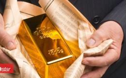 Đột nhiên giàu có nhờ nhặt được 7 thỏi vàng trong thùng rác