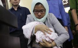 Bị cáo mang con mới sinh 20 ngày đến tòa được bố trí phòng riêng
