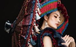 """Diệu Linh mang trang phục nặng 30 kg dự thi """"Nữ hoàng Du lịch Quốc tế"""""""