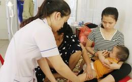 Trẻ em và người già nhập viện tăng cao vì nắng nóng