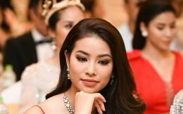 Hoa hậu Phạm Hương tuyên bố đóng facebook vĩnh viễn