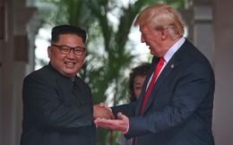 Chùm ảnh: Sự tương tác thú vị giữa Tổng thống Trump và lãnh đạo Triều Tiên Kim Jong-un