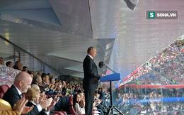 Quá vui sướng vì chiến thắng, Tổng thống Nga cắt ngang buổi họp báo sau trận khai màn
