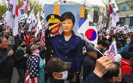 Hàn Quốc bỏ tù 3 lãnh đạo tình báo đưa hối lộ cho bà Park Geun-hye