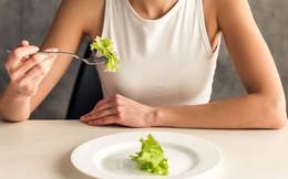 7 dấu hiệu nhận biết một người đang gặp phải chứng rối loạn ăn uống