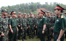 Đại tướng Ngô Xuân Lịch thăm, kiểm tra tại đơn vị Trinh sát đặc nhiệm