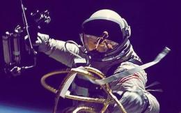 """Chuyên gia NASA tiết lộ trải nghiệm """"đi cầu"""" trong vũ trụ thực sự là như thế nào"""