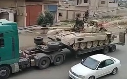 Video: Bất chấp Mỹ đe dọa đáp trả, quân đội Syria ùn ùn kéo vũ khí tới Daraa