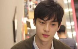 Mỹ nam Hàn Quốc gây bão với loạt clip... ngồi im lặng học bài