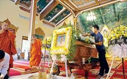 Nghi vấn về vụ tai nạn làm Hoàng thân Campuchia Ranariddh trọng thương, vợ tử nạn